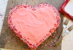 heart-shaped-cake